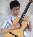 光 ギタープロフ写真Trimming